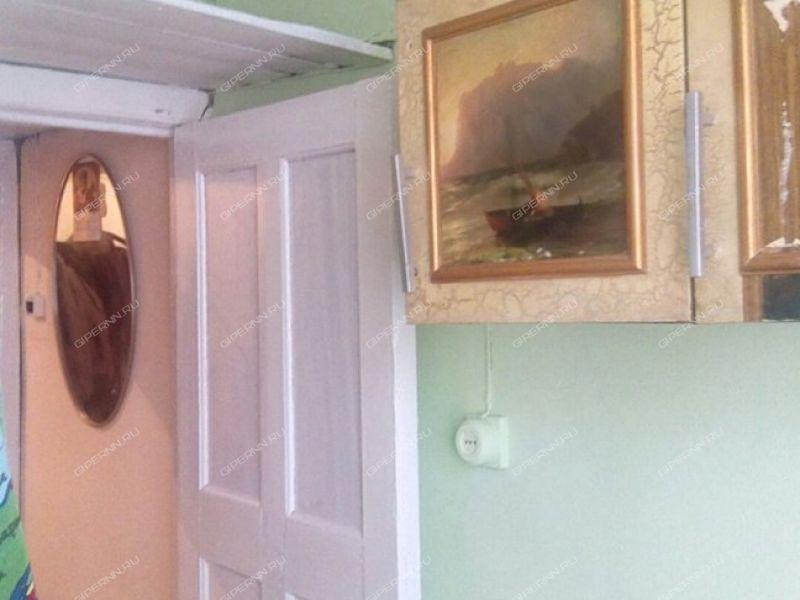 комната в доме 19 на улице Батумская